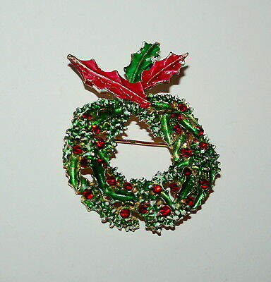 Vintage Estate Holiday Christmas Red Crystal Wreath Brooch Jewelry Pin