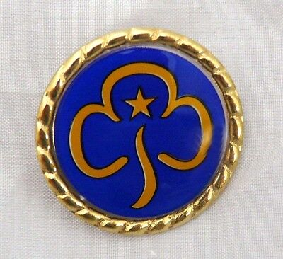 GUIDES PIN BADGE Girl Guiding Gift NEW
