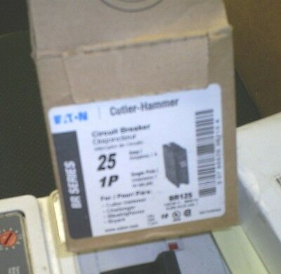 New Circuit Breakers Cutler Hammer Westinghouse  Br125 1 Pole 25 Amp 120/240V