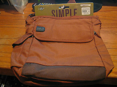 Eagle Creek Bag Simple Pouch  Seinna New with tags