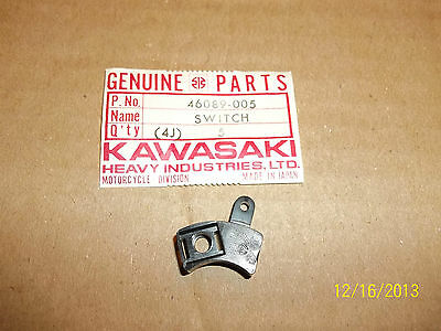 Kawasaki H1 H2 S2 Kh500 Left Handlebar Switch Repair Part Kh 500  46089-005