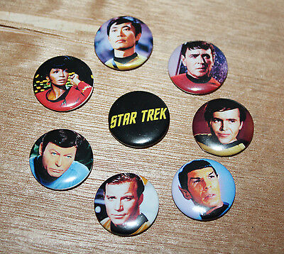 8 piece lot of Star Trek pins buttons badges