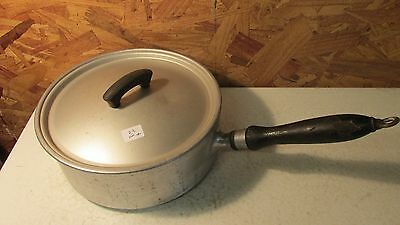 Wear Ever Aluminum Sauce Pan & Lid- 2 1/2 qt   No. 4