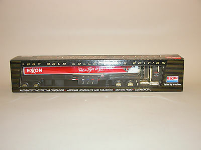 1997 EXXON GOLD COLLECTOR'S EDITION TANKER TRUCK 6th IN A SERIES CHIN MINT