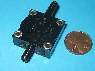 Micro Pneumatic Logic Low Pressure Momentary Switch Mpl501