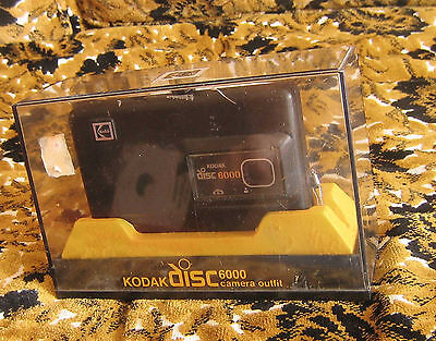 TRUE VTG Kodak disc 6000 Camera IN CASE WITH MANUALS AND GOOD BATTERY WORKS!