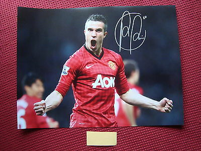 """MANCHESTER UNITED ROBIN VAN PERSIE HAND SIGNED 16""""x12"""" PHOTO - EXACT PHOTO PROOF"""