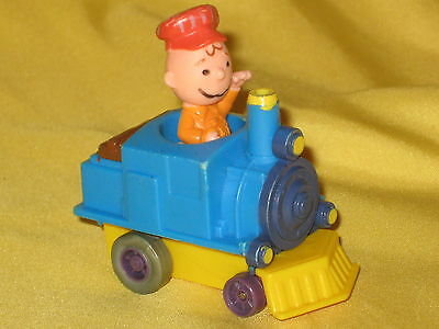 Charlie Brown The Peanuts 1966 RARE vintage train figure Collectible toy WORKING