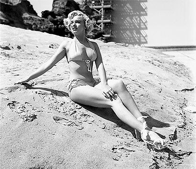 cf8ee856a296e MARILYN MONROE 1951 SWIMSUIT BEAUTY ON SAND (1) RARE 4x6 GalleryQuality  PHOTO
