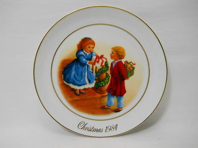Antique Avon Celebrating The Joy Of Christmas 1984 4th Edition Collectors Plate