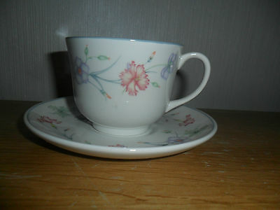 Boots Carnation Cups And Saucers X 4