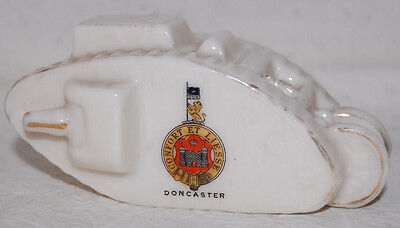 3. COAT OF ARMS & SOUVENIR OF DONCASTER ENGLAND / WWI ENGLISH TANK