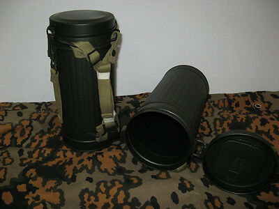 German WW 2  Wehrmacht gas mask canister can complete army Heer Elite Luftwaffe