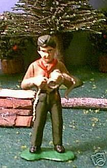 TOY SOLDIERS METAL AMERICAN BOY SCOUT MAKING KNOTS 54MM