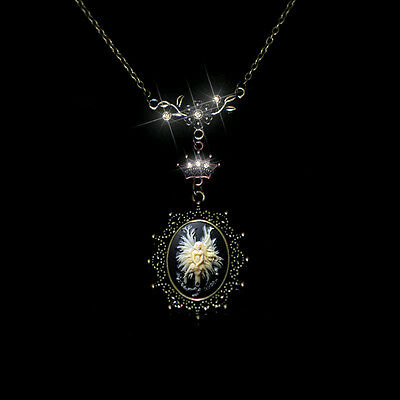 Power Fairy Force Exquisite Cameo CZ Leaves Crown Pendant Necklace