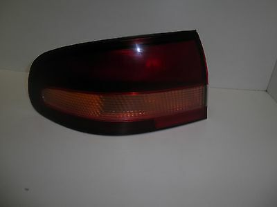 Holden Commodore Vt Series 1 - Exec - Ss - S Pack Tail Light Lh