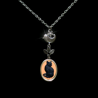 Lonely Cat Detailed Cameo Photo Locket Bird Leaves Pendant Necklace