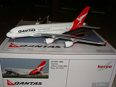 Herpa Wings 200 Qantas A380 -800 VH-OQF 1/200 551991-002 **Free S&H**