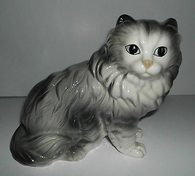 Vintage Gray Persian Cat Porcelain Figurine Coopercraft  Rare   Made In England