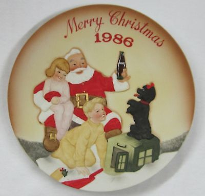 Coca-Cola Fourth Annual Christmas 1986 Limited Edition Plate - NIB