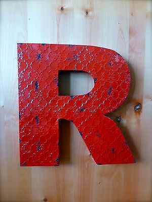 "INDUSTRIAL RED METAL WALL LETTER ""R"" 20"" TALL rustic vintage decor antique sign"