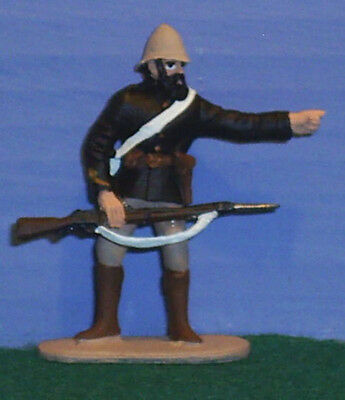 TOY SOLDIERS METAL ZULU WAR BRITISH 24TH FT OFFICER HOLDING RIFLE 54MM
