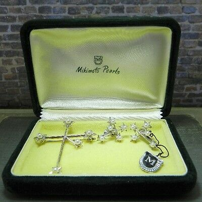 Vintage Mikimoto Pearls in Southern Cross Pin/ Brooch & Earrings Set in Box