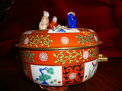 Herend  Red Dynasty/Godollo Tea Caddy with Mandarins Lid Very Rare Great Artistr