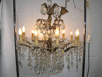 grand lustre ancien baroque en bronze 8 lampes pampilles en verre 80 cm diam tre. Black Bedroom Furniture Sets. Home Design Ideas
