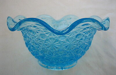Daisy and Button Blue Scalloped Bowl
