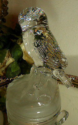 GORGEOUS CLEAR GLASS OWL ON BRANCH FIGURINE PAPERWEIGHT BIRD WITH FROSTED BASE