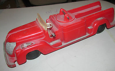 vintage Saunders wind up fire truck TOY