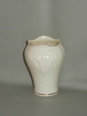 BELLEEK POTTERY - Butterfly Collection Giftware - SMALL VASE - 18D