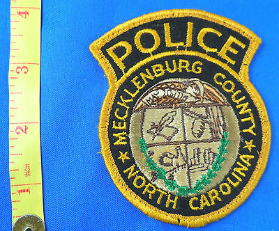 VERY OLD WORN MECKLENBURG COUNTY NORTH CAROLINA POLICE EMBROIDERED  CLOTH PATCH