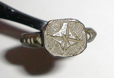Ancient Byzantine Empire, 8th - 10th c. AD. Bronze Intaglio Signet Ring, Cross