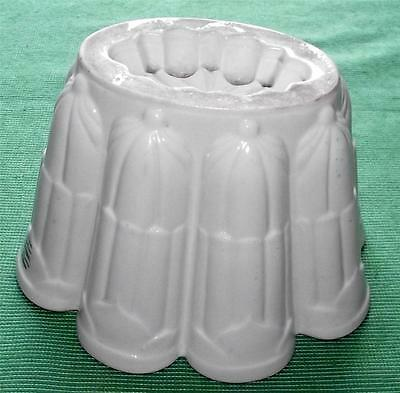 c1930 Large Shelley Castleated Jelly Mould Mold