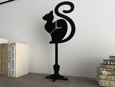 Cat Waiting - Silhouette Table Clock