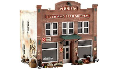 Woodland Scenics #5201 - Planters Feed and Seed Supply - N Scale Kit