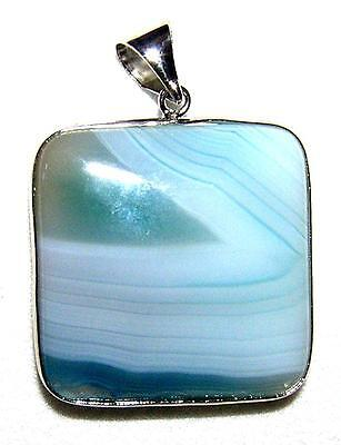 PENDANT/NECKLACE P4 Beautifully Patterned VERY PALE BLUE AGATE