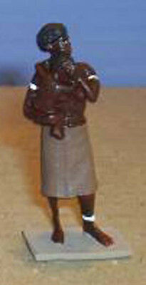 TOY SOLDIERS TIN AFRICAN FEMALE ZULU STANDING WITH BABY 54M