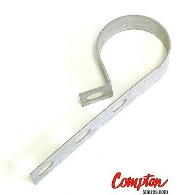 Compton concrete garage, guttering metal guttering brackets and fall pipe strap