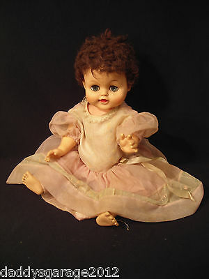 Vintage Baby Doll with no marks, looks like a Betsy Wetsy