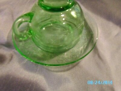 Vintage Green Depression Cup And Saucer Clover Pattern SET OF FOUR