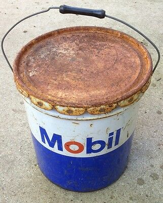 Vintage 5 Gallon Mobil Oil Drum Metal Grease Bucket Gear Lubricant Can Pegasus