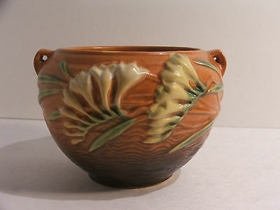 Vintage Roseville Pottery Brown Freesia Jardiniere 669-4 No Chips or Cracks!!