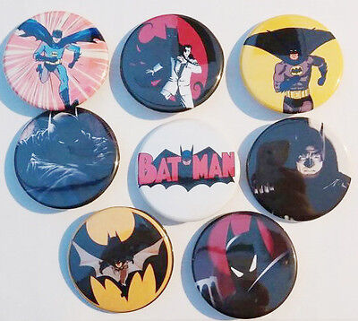 8 piece lot of Batman Comics pins buttons badges