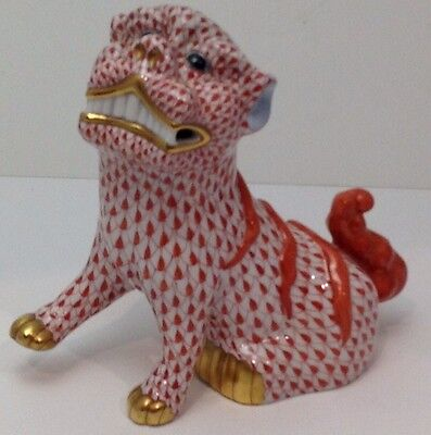 Large Herend Foo Dog (Lion) Rust Fishnet with 24 K Gold Mint Condition RARE