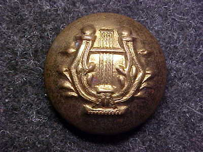 WW1 WW2 US ARMY BAND CORPS BRASS 5/8 UNIFORM BUTTON MARKED MADE IN ENGLAND