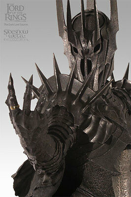 LOTR Sideshow Collectibles Sauron Statue
