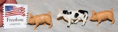 Vintage Lot of 3 TINY Plastic Pig and Cow Britains or Similar Farm Animals Toys